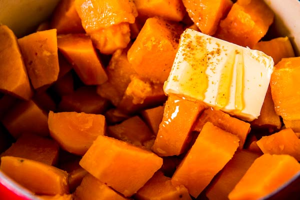 cooked sweet potatoes with honey and butter
