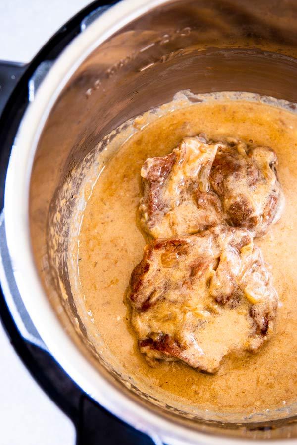 sour cream pork chops in an instant pot